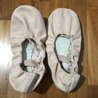 PL Sz 7 Capezio Ballet Flats / Slippers