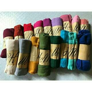 h&m scarf/shawl