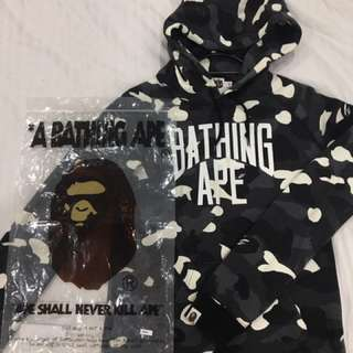(Glow In The Dark) A Bathing Ape City Camo NYC Logo Pullover Hoodie Black