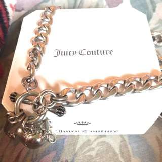 JUICY COUTURE necklace (pave puffed heart w/banner STA