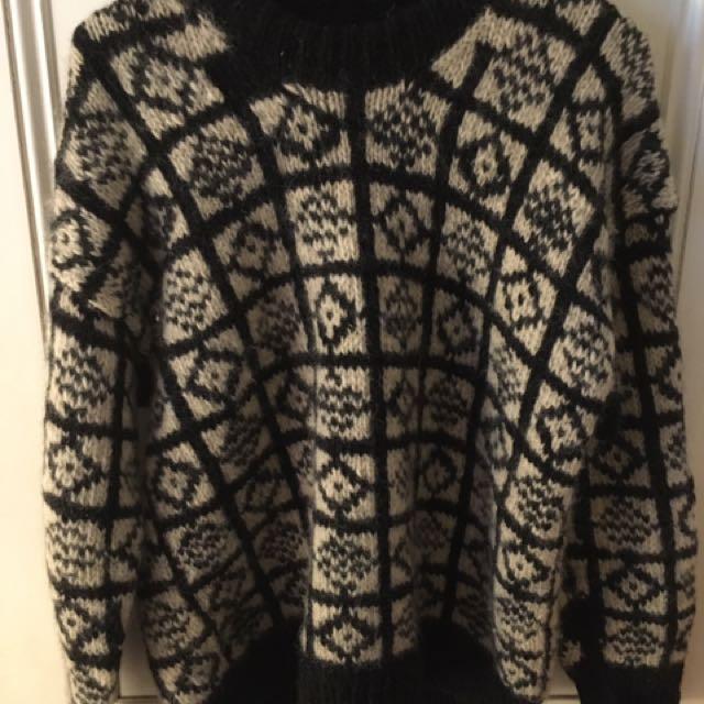 100% wool jumper size m/l