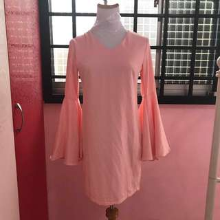 Dress with flare sleeves