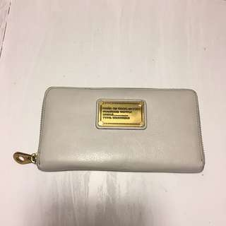 *REDUCED* Authentic Marc By Marc Jacobs Off White with Gold Hardwear Wallet