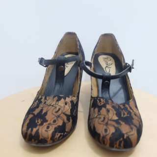 Black/Brown Heels with Flower Brocade