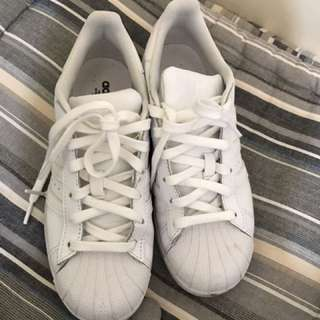 Adidas Superstar Size US5/UK 4.5