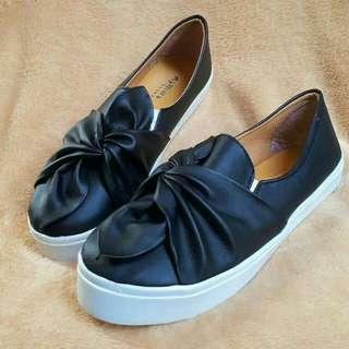 Platform / Sepatu Wanita / Slip On / Paltform Black / Sepatu Murah
