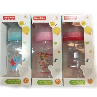 Fisher-Price Feeding Bottle wideneck BPA Free 8oz/ 250ml (Assorted Designs & Colors)