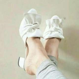 Leather Sandal / Sandal Wanita / White Slop / Sepatu Murah
