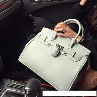 D1015 Grey Hand Bag    Tas Import    Tas Fashion    Tas Batam    destyannis    Dazzling Tabby
