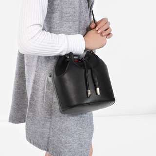 charles n keith bucket bag ORIGINAL COUNTER