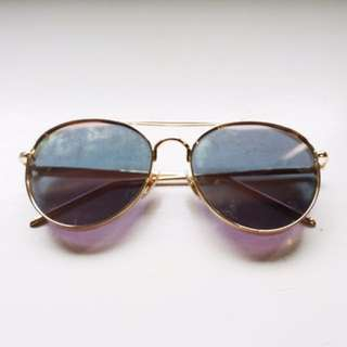 Round avaitor Sunnies