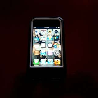 Apple Ipod touch 32 GB 4rth generation