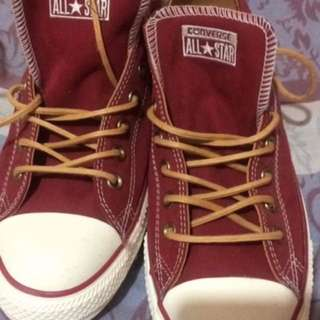 Converse Red Sneaker