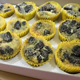 Mini Baked Oreo Cheesecake