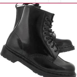 Dr martens / Doc martens all black size 38 US 7