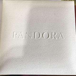 PANDORA 皮手環