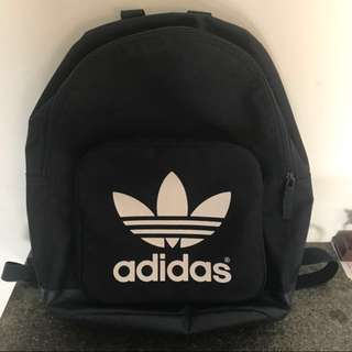 Adidas後背包(深藍)