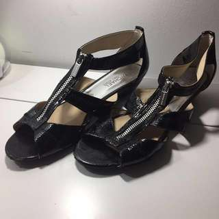 Michael Kors Black Gladiator Shoes size 8.5