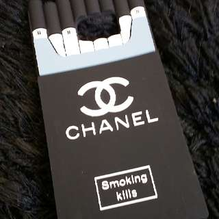 Chanel (Rubber Case)
