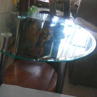 End Table- Also Comes with oval coffee Table. Sold As A Set