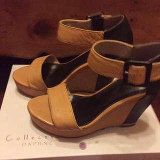 達芙妮 Daphne 楔型涼鞋 百搭修身 23.5/37