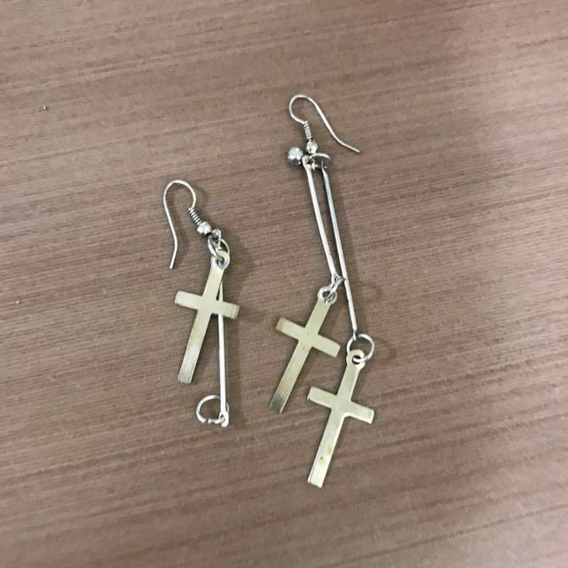 十字架耳環