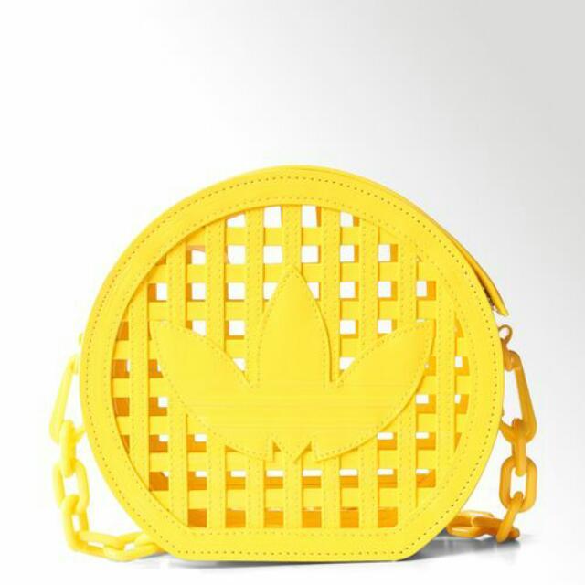 徵收 Adidas Jeremy Scott racket bag yellow