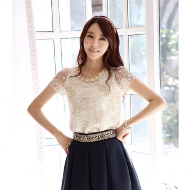 🆕 Elegant Lace Blouse Top
