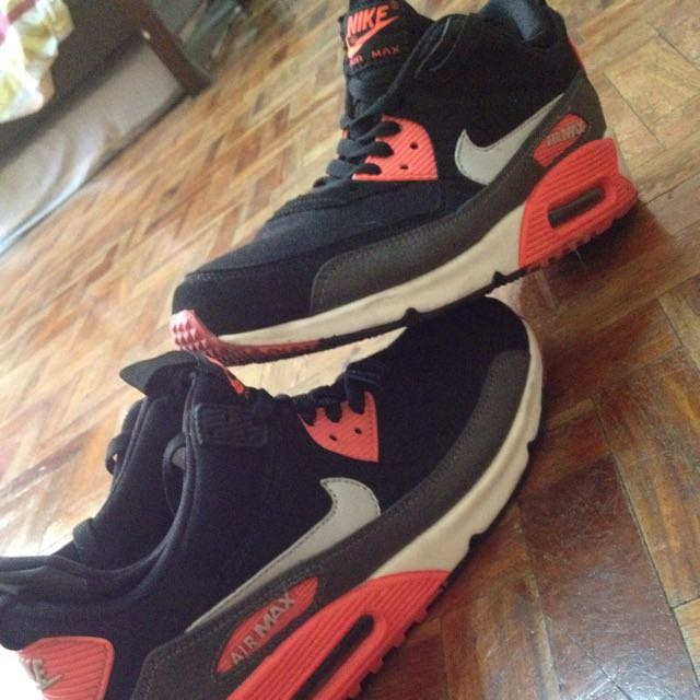 Airmax 90 Ghost Pair Rare Colorway