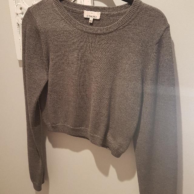 Aritzia Sundays Best Grey Crop Sweater Large