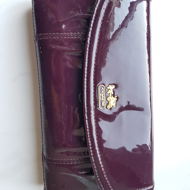 Authentic Coach Patent Leather Madison Envelope Wallet
