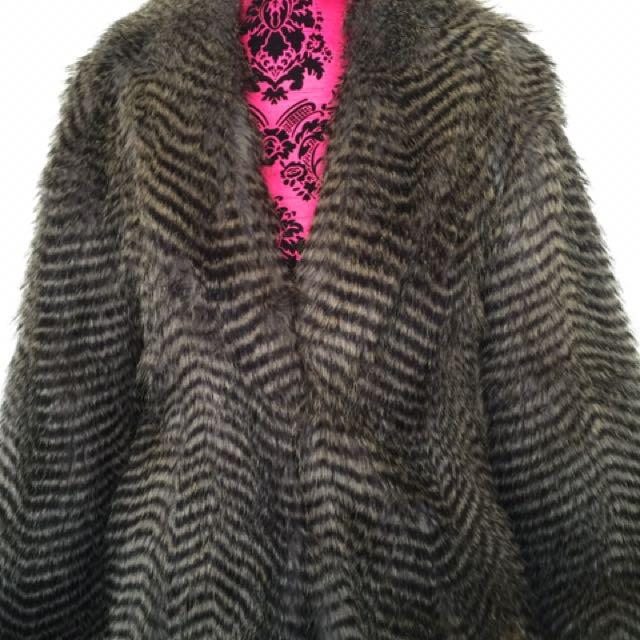 Bardot Faux fur Jacket Size 10