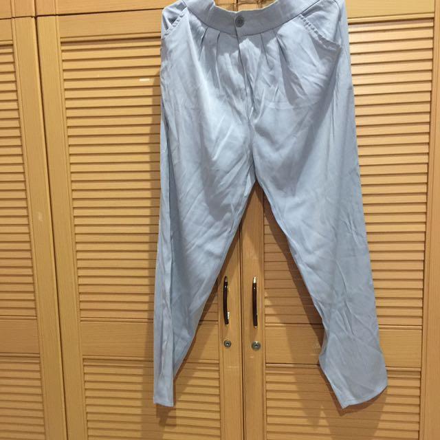 Basic pants by Zesalicious