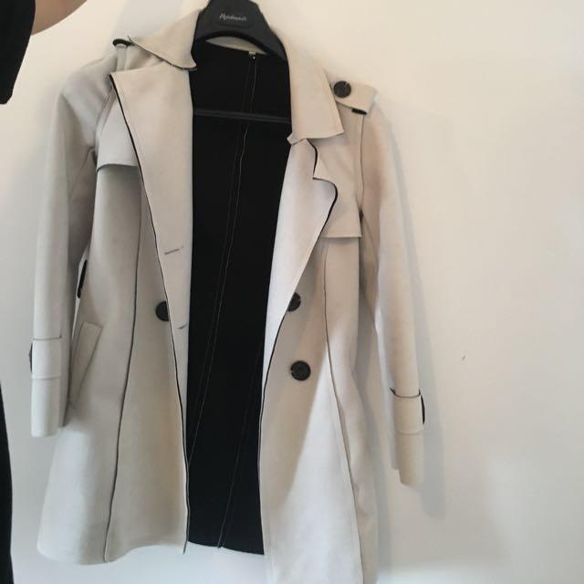 Boutique coat - Size S/Small Medium