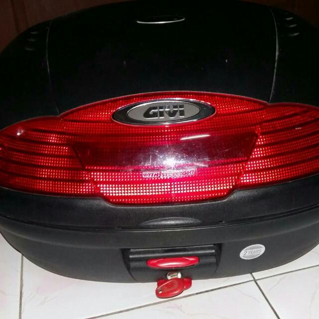 Box Givi E450N-S With stoplight