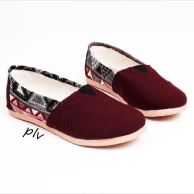 Flat shoes like wakai maroon merah tribal kanvas sepatu