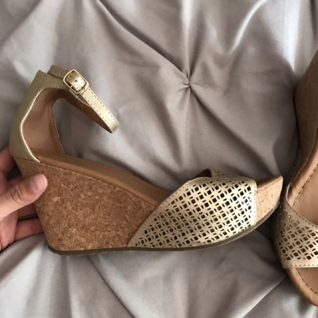 Gold Wedges, Kenneth Cole