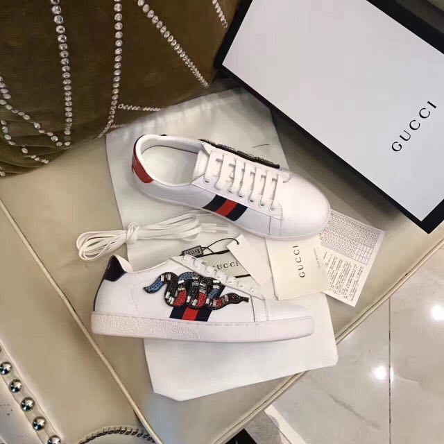 b8cb45111 GUCCI Ace embroidered sneakers- size 38, Women's Fashion, Shoes on Carousell