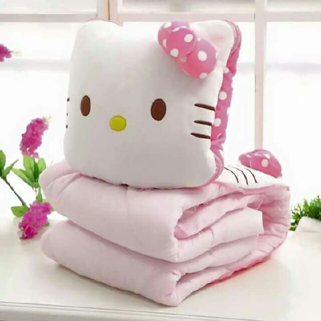 Hello Kitty Blanket with Pillow