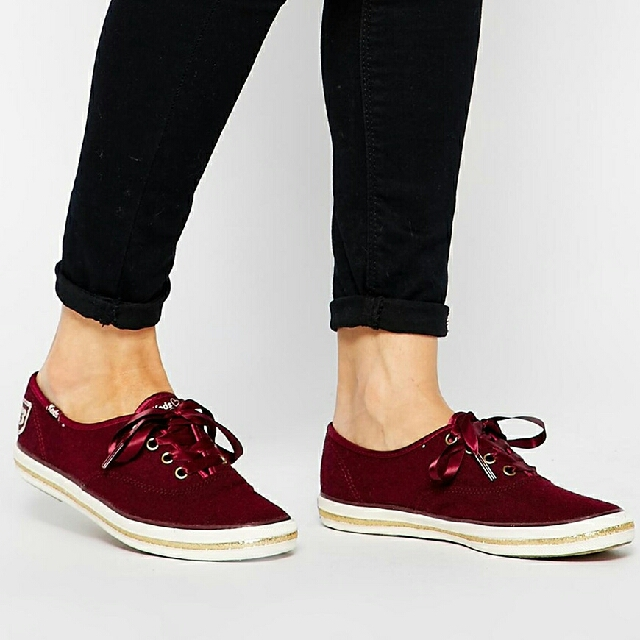 bbbd5b0b5e3 Keds Champion Taylor Swift Wool Burgundy Comes With Box And Extra ...