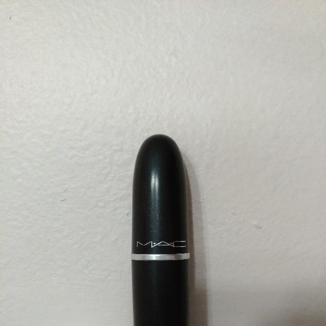 *NEW* MAC Lipstick Cyber