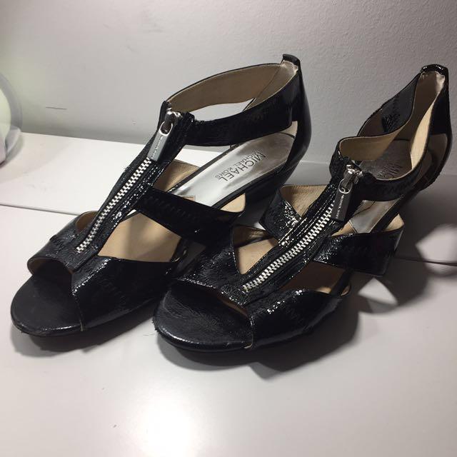 Michael Kors Black Gladiator Shoes size 8.5