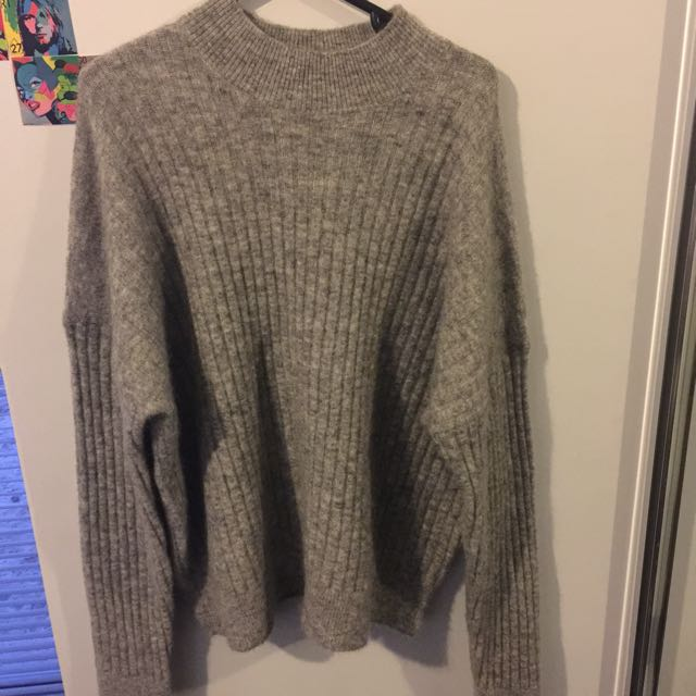 Oversized grey pullover