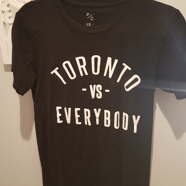 Peace collective TORONTO VS EVERYBODY tshirt XS