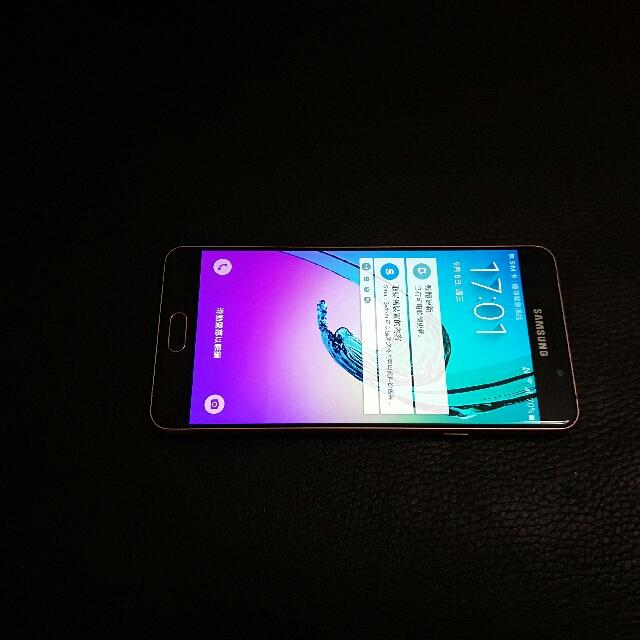 Samsung galaxy A7(2016) 5.5吋 4GLTE  16GB