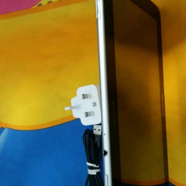 samsung tab 8.9,wifi & sim Card