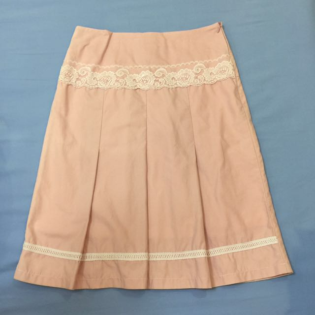 Skirt with Lace Detail