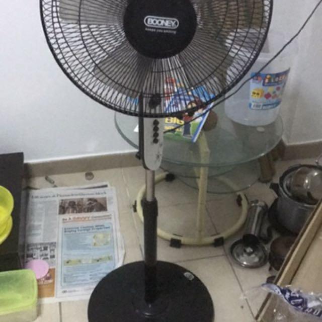 Standing Fan Used