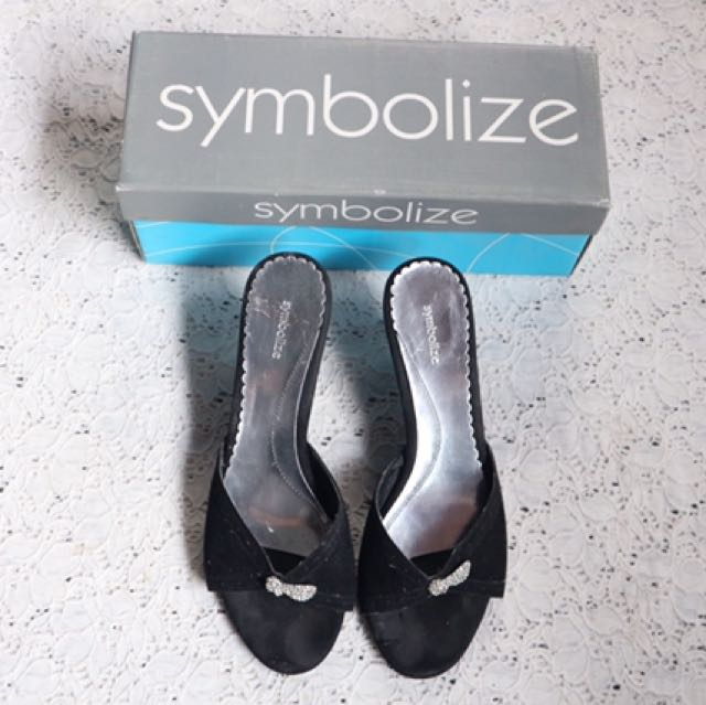 symbolize heels