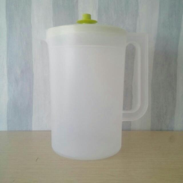 Tempat Air Tupperware 77 Blossom 2L Pitcher